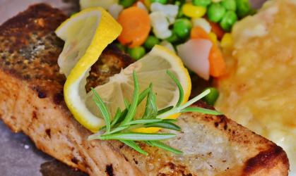 IONA GLAF9105 Air Fryer Salmon